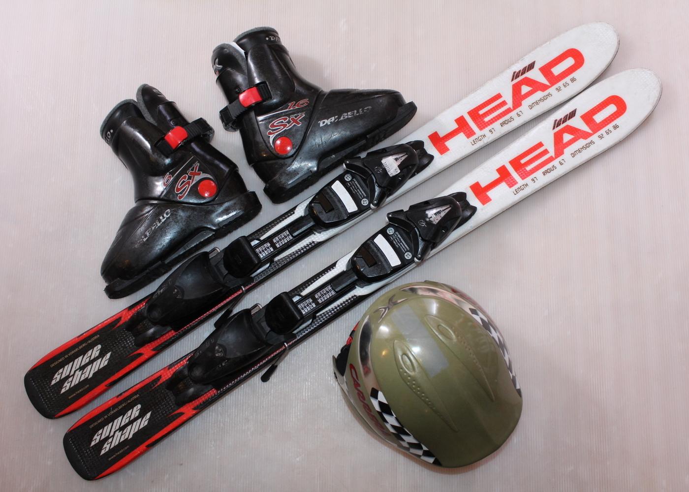 Dětské lyže HEAD SUPERSHAPE TEAM 100 cm + lyžáky  30.5EU + helma