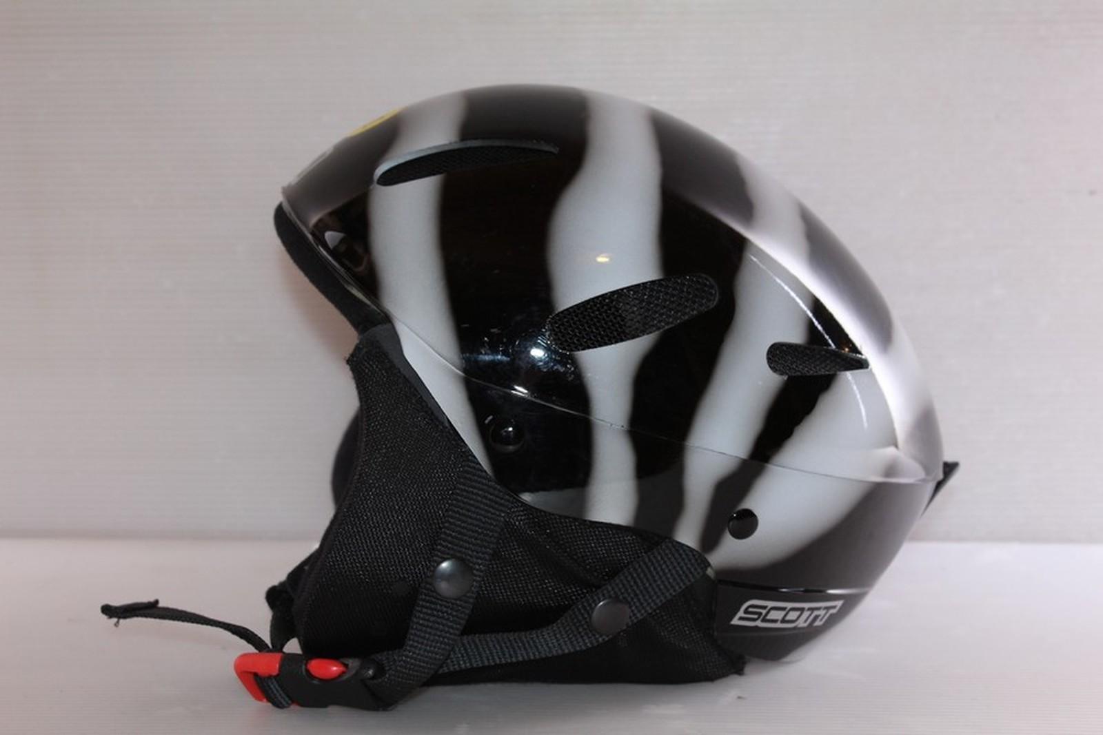Lyžařská helma Scott Zebra vel. 62