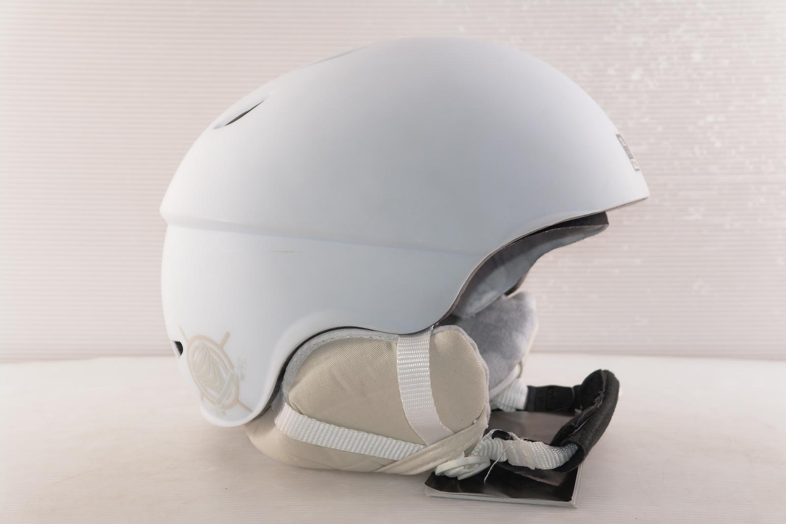 Dámská lyžařská helma Red Hi-fi vel. 62