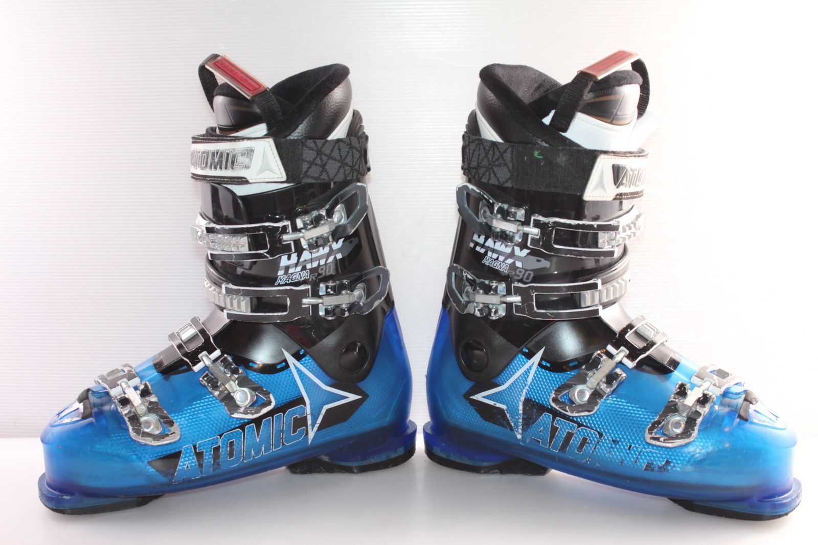 Lyžařské boty Atomic Hawx Magna R90 vel. EU43