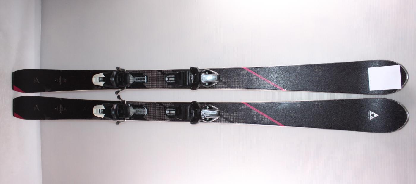 Dámské lyže FISCHER BREEZE 155cm rok 2017