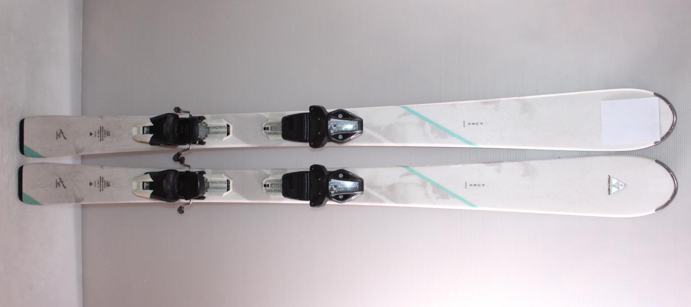 Dámské lyže FISCHER PURE 140cm rok 2017
