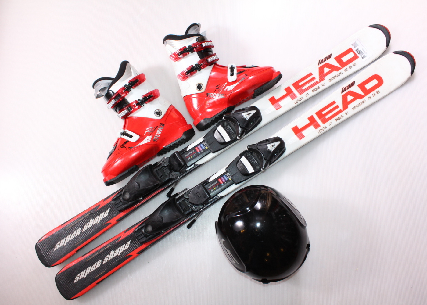 Dětské lyže HEAD SUPERSHAPE TEAM 117 cm + lyžáky  36.5EU + helma