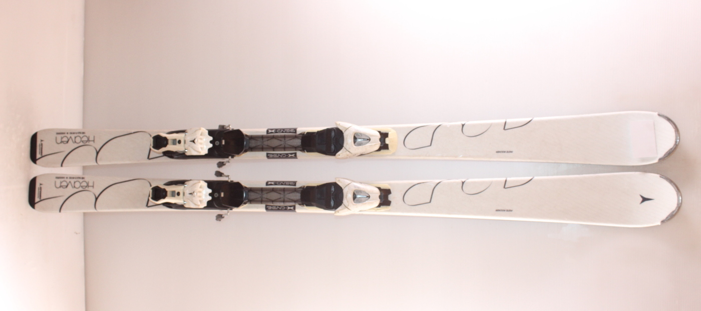 Dámské lyže ATOMIC CLOUD HEAVEN 148cm
