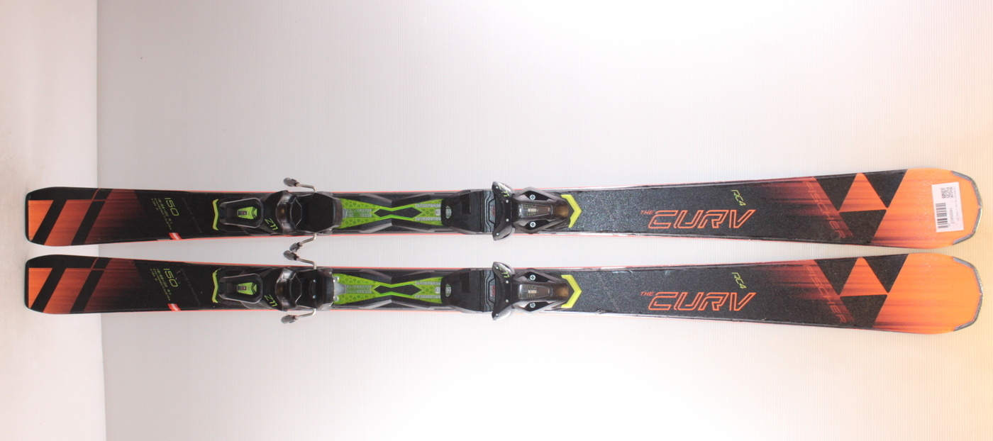 Lyže FISCHER RC4 THE CURV Ti 150cm rok 2019