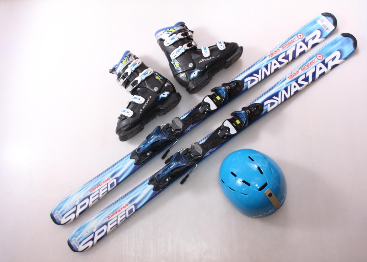 Dětské lyže DYNASTAR TEAM SPEED 140 cm + lyžáky  40EU + helma